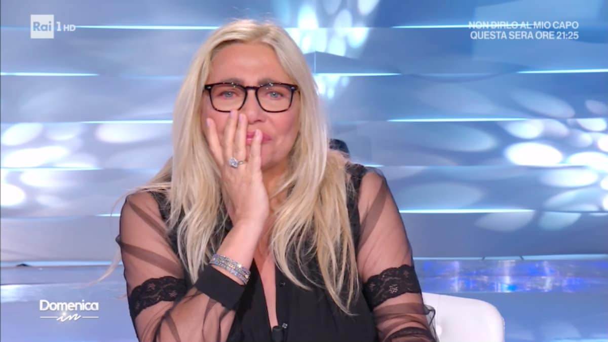 Mara Venier piange in diretta
