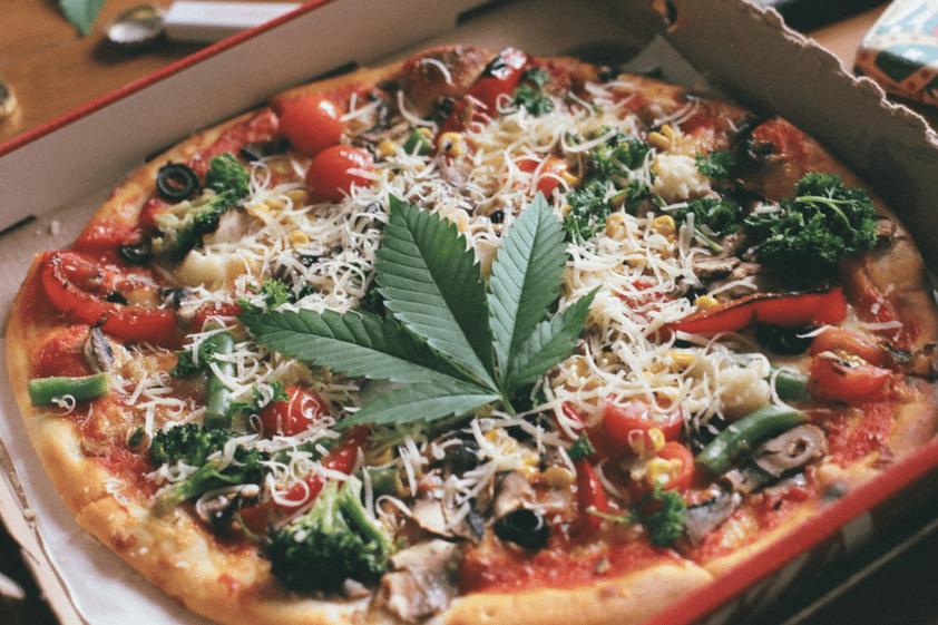pizza alla cannabis, impasto, ristorante, Bolzano