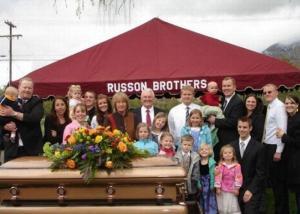 morte, necrologio, anziana, familiari