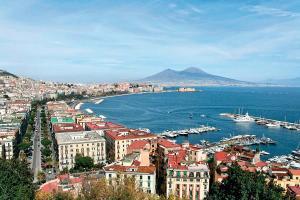 Napoli e i suoi palazzi infestati