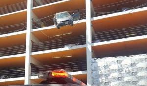 parcheggio, manovra, errore, bilico