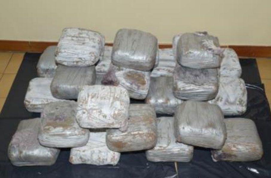 falso prete trovato con 3 kg di cocaina