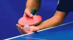 Battuta durante il ping pong