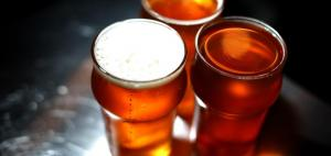 Birra calda al bar