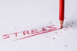 non dormire causa stress