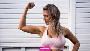 Braccia forti e sexy_ 3 esercizi per allenarti a casa con il sacco del bucato