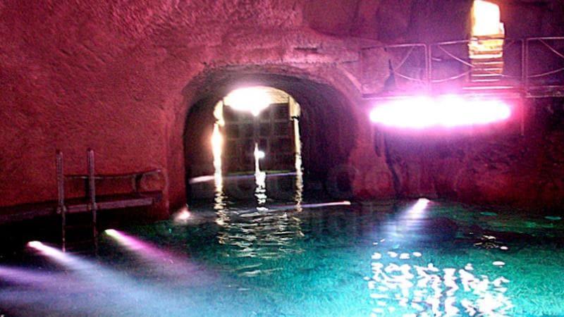 Interni Di Villa Certosa : Foto rubate a villa certosa berlusconi in aula come parte