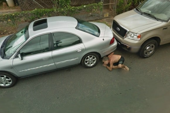 Le foto pi buffe di google street view giornalettismo for Citta tedesca nota per le fabbriche di auto