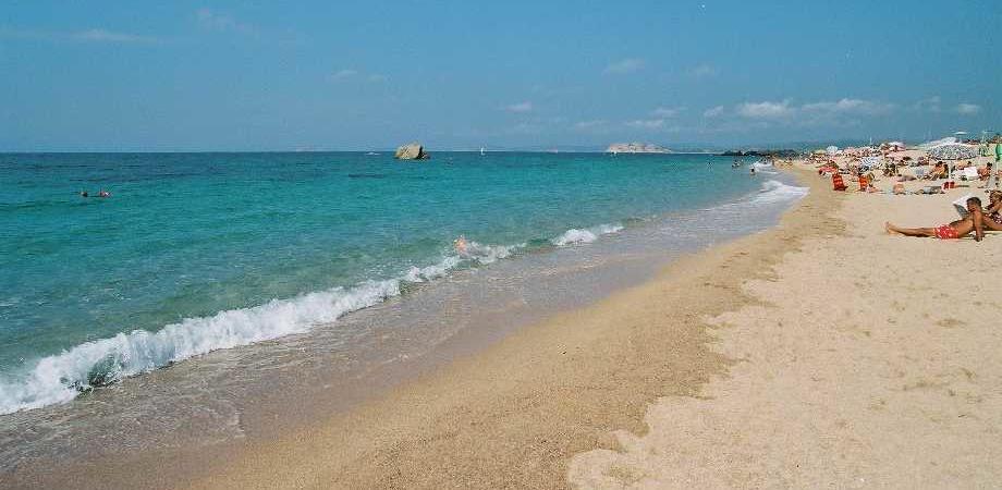 Matrimonio Spiaggia Paestum : «una spiaggia per nudisti a paestum giornalettismo