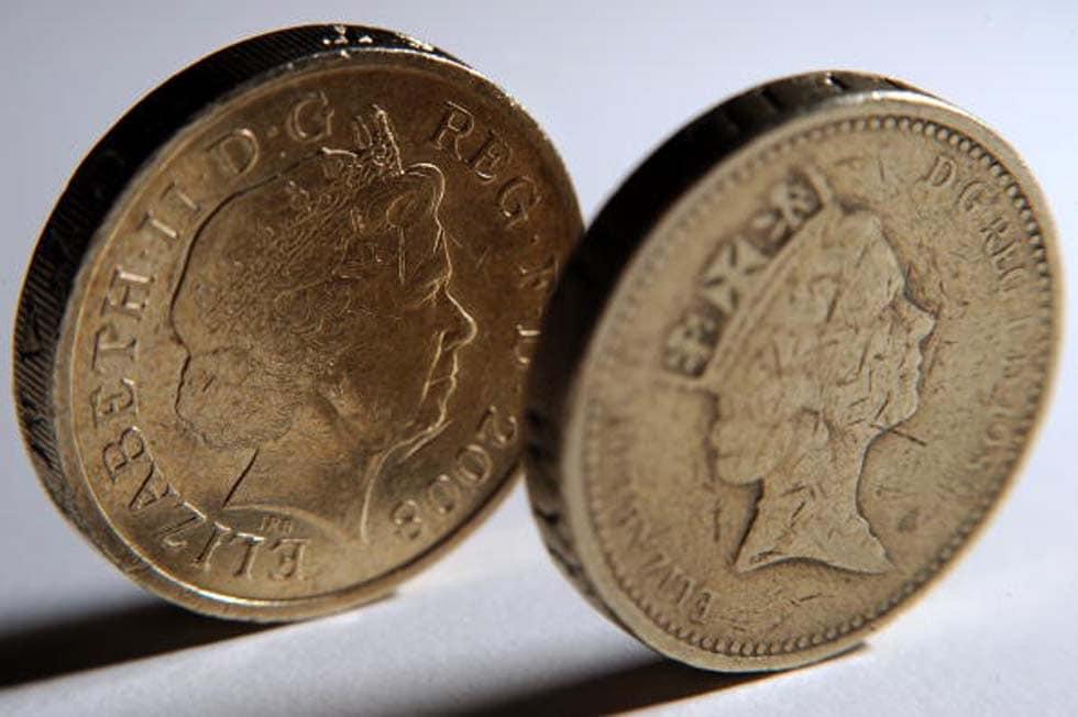 La nuova moneta da una sterlina con dodici lati giornalettismo - Sterlina oro 2017 fondo specchio ...