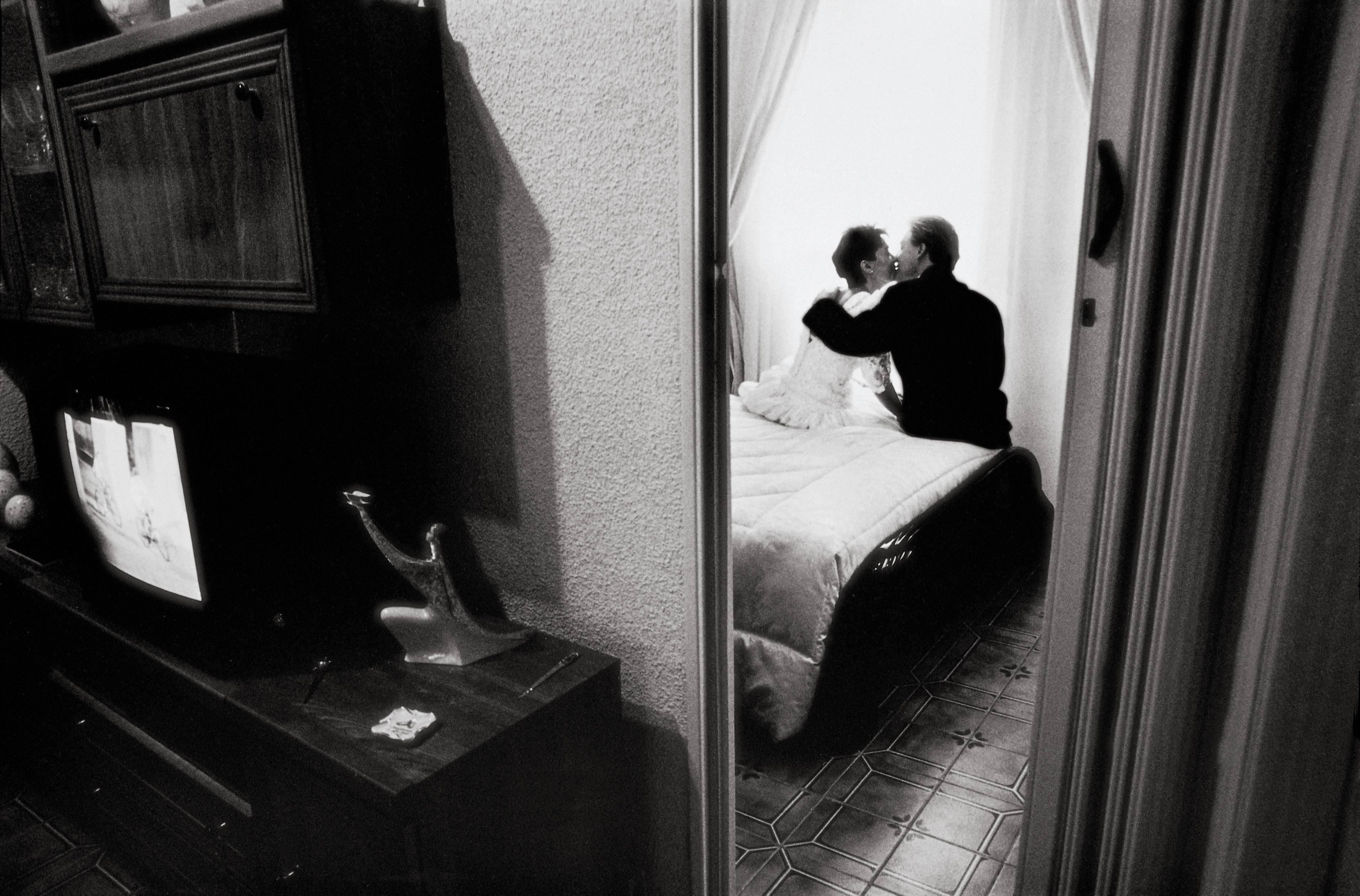 Le 10 frasi che non dovete mai pronunciare a letto con il partner giornalettismo - Frasi porche a letto ...