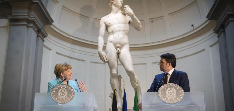 Matteo Renzi e Angela Merkel al bilaterale di Firenze tra Italia e Germania