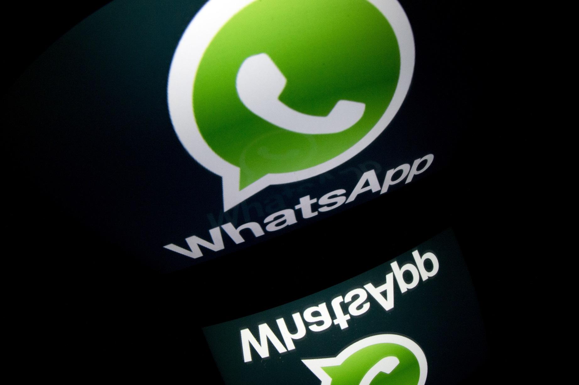 Come fare pesce d'aprile con WhatsApp
