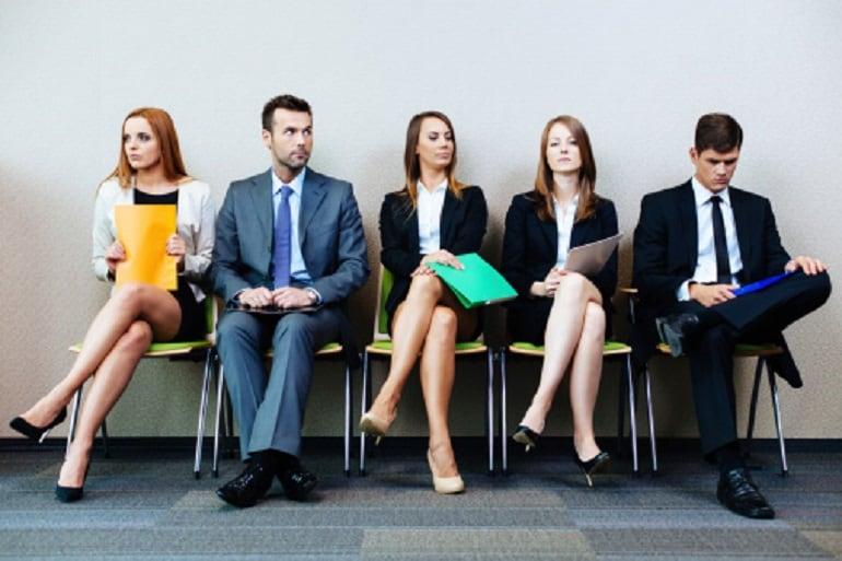 Abbigliamento Ufficio Consigli : I consigli per vestirsi per un colloquio di lavoro giornalettismo