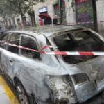 No Expo auto bruciata