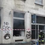 Non Expo incendio in via Carducci