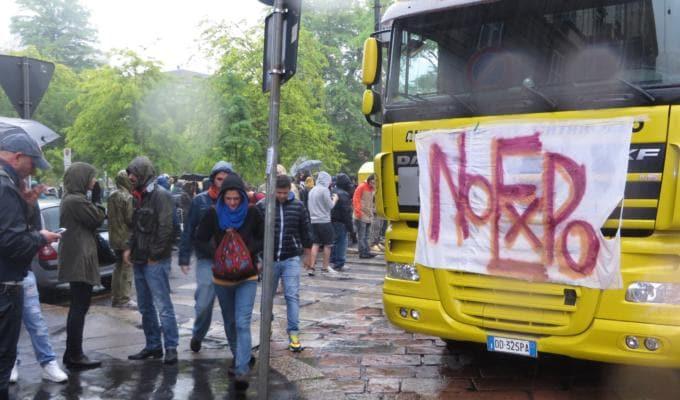 No Expo rave in piazza Conciliazione