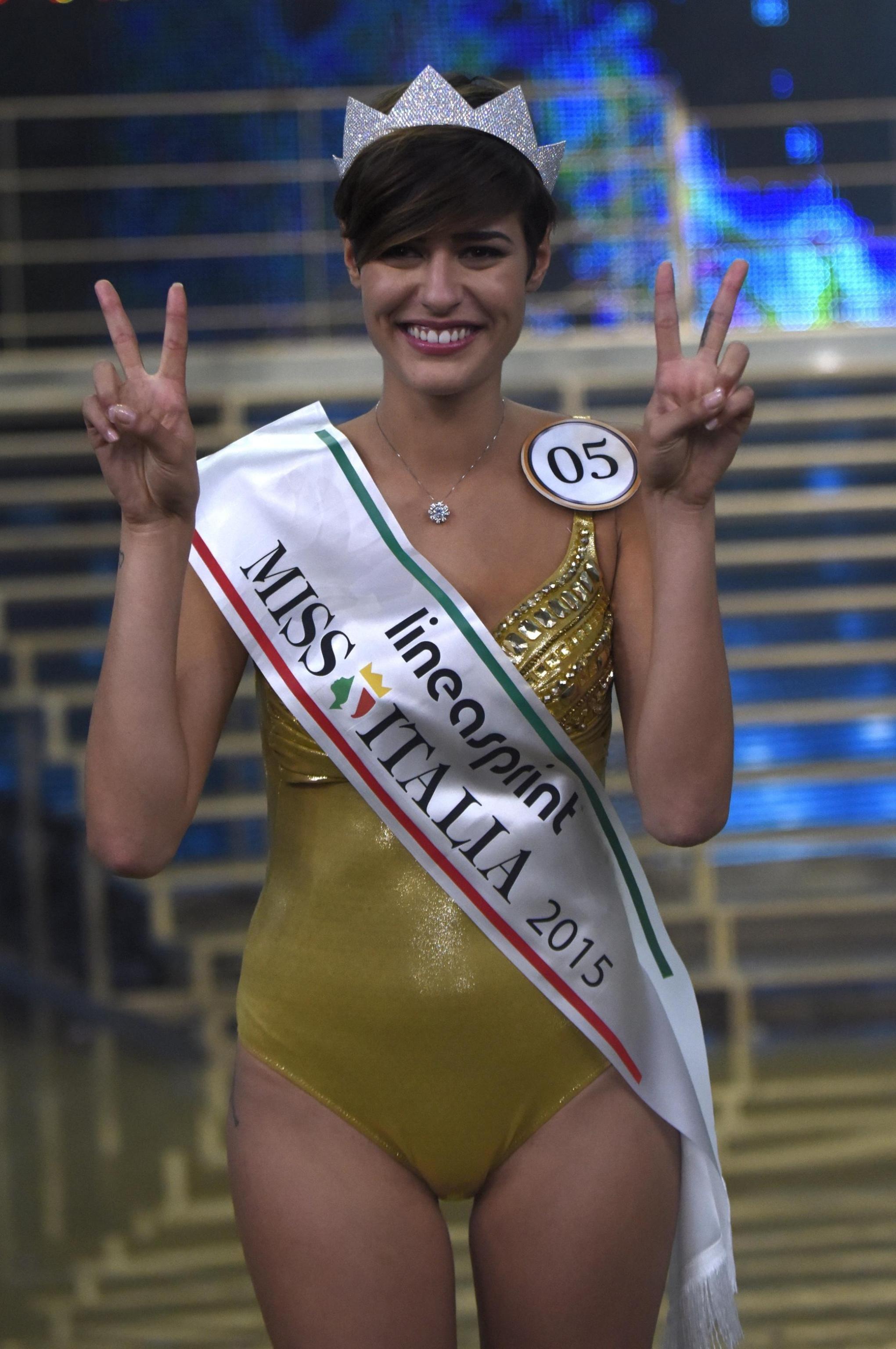 Alice Sabatini chi è Miss Italia  b011d4034ace