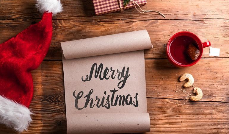 Frasi Di Natale Inglese.Buone Feste Come Fare Gli Auguri In Inglese E Francese E