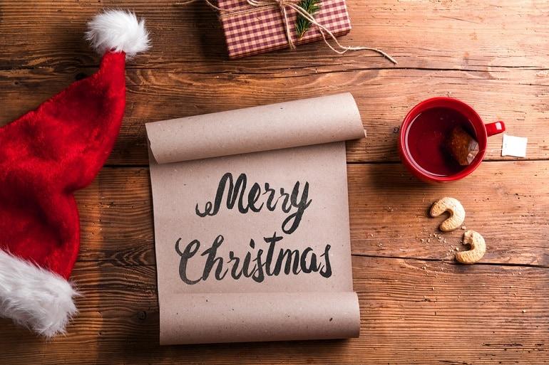Frasi In Inglese Di Buon Natale E Felice Anno Nuovo.Buone Feste Come Fare Gli Auguri In Inglese E Francese E Non Solo Giornalettismo
