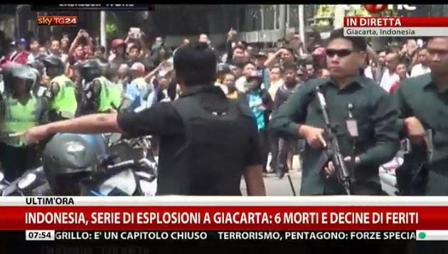 giacarta esplosioni