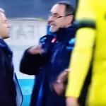 La lite tra Maurzio Sarri e Roberto Mancini