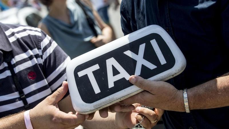 tassista taxi roma
