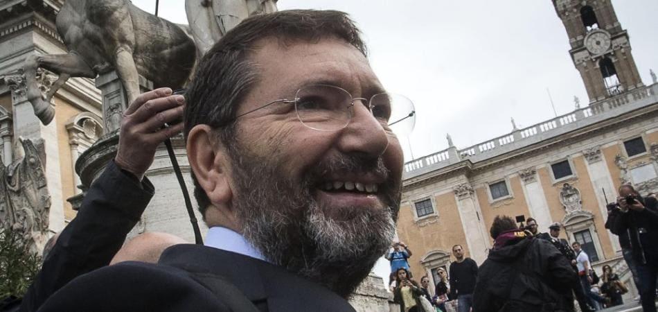 ignazio marino elezioni roma 2016 lista contro renzi