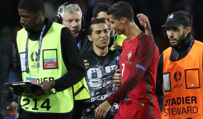 Cristiano Ronaldo selfie