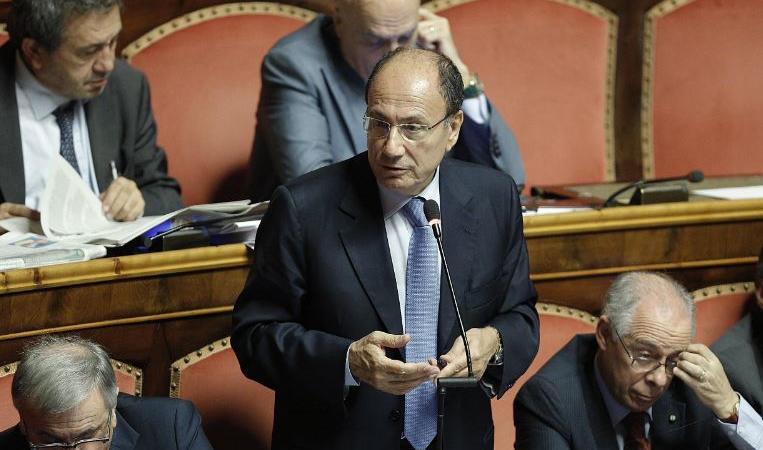 Renato Schifani torna in Forza Italia