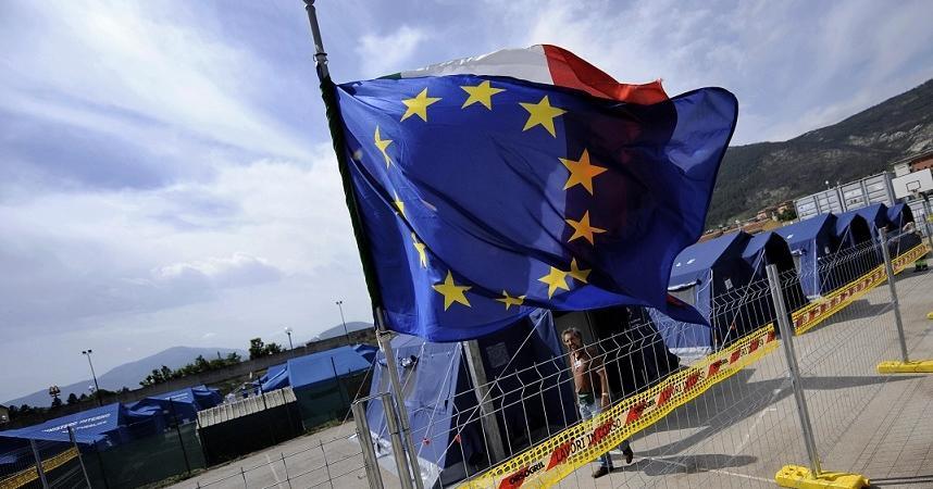 Italia fuori UE sondaggi referendum