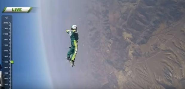 Salto senza paracadute video