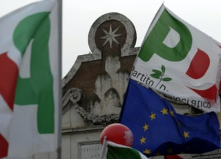 Manifestazione Pd Piazza del Popolo