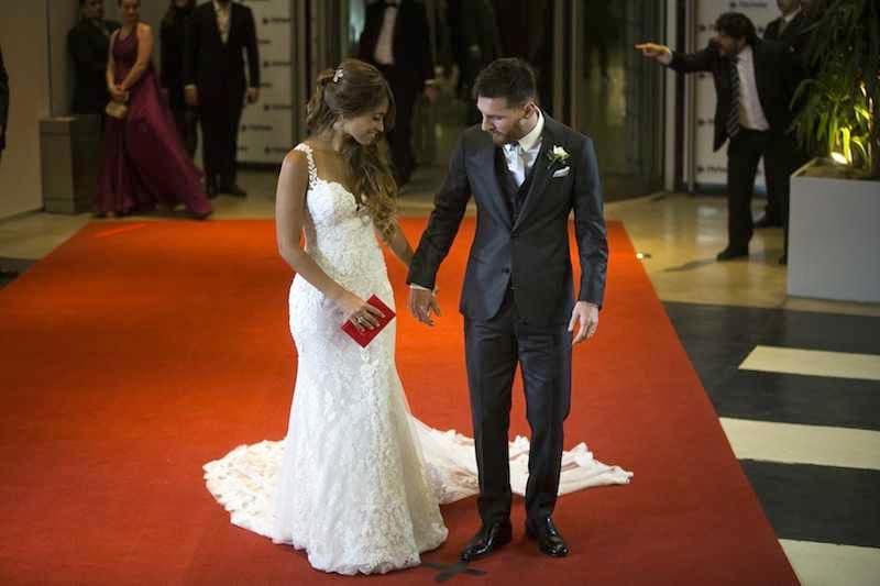 Matrimonio Messi : Matrimonio messi antonela roccuzzo gli invitati con il