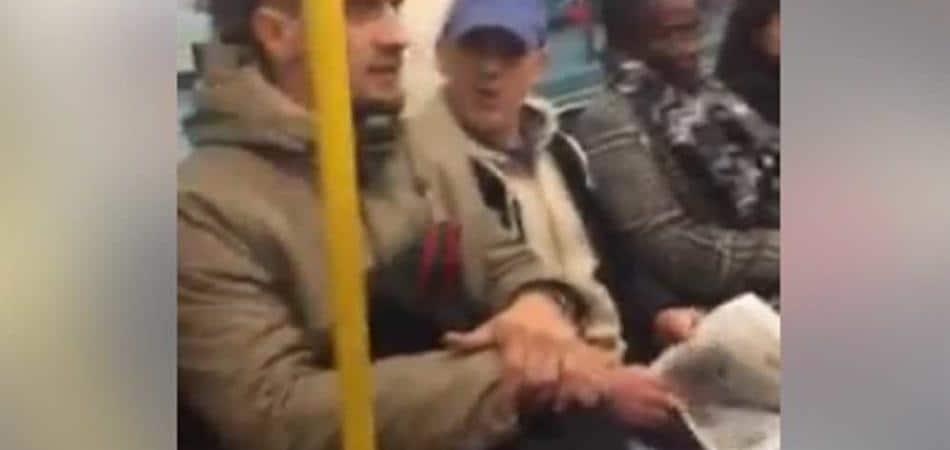insulti metro londra