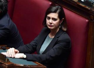 Laura Boldrini denuncia giornali