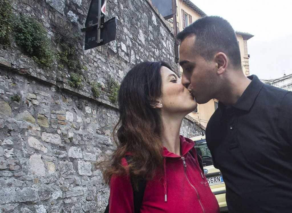 Luigi Di Maio primo bacio