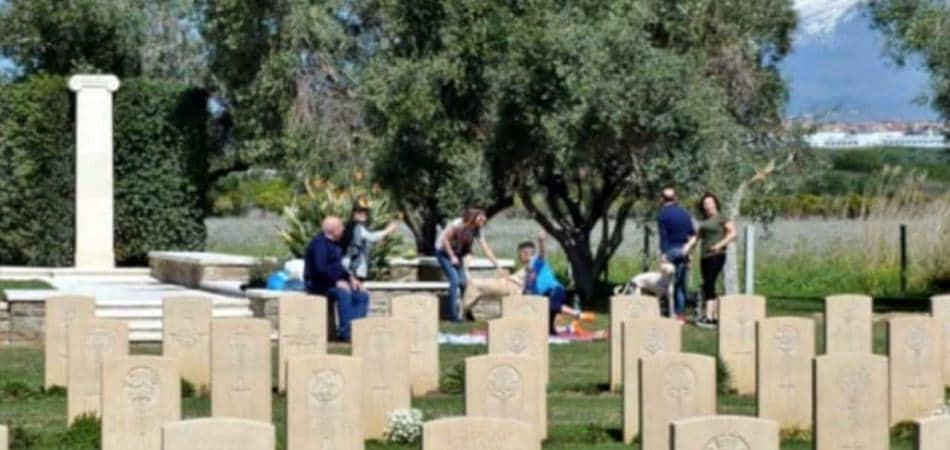 Pasquetta cimitero Catania