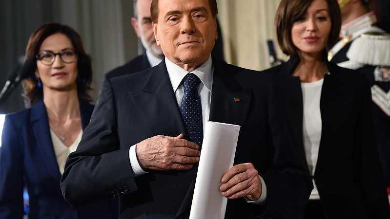 Berlusconi vergogna condanna Stato-mafia