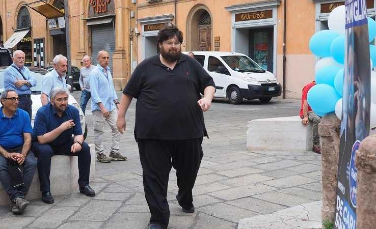 Mario Adinolfi contento