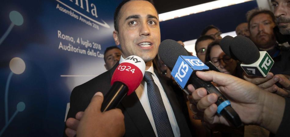 Di Maio contro Claudio Amendola