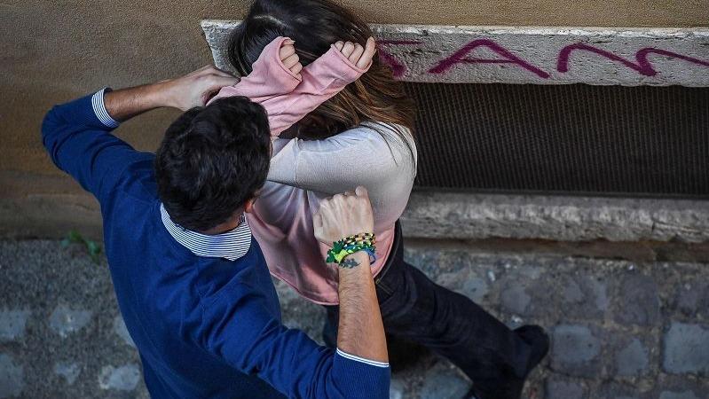 turista inglese stuprata