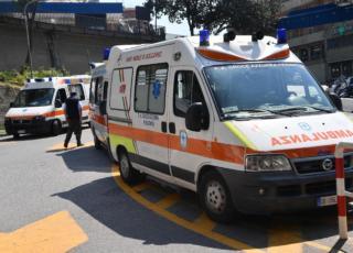 Ambulanza troppi maschi, Milano
