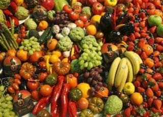 Frutta e verdura troppo brutta per essere venduta