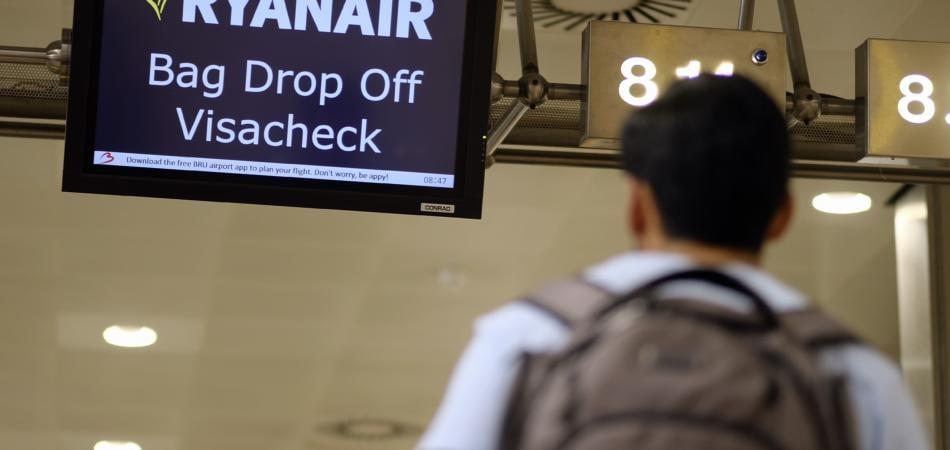 ryanair cancella il bagaglio a mano gratuito