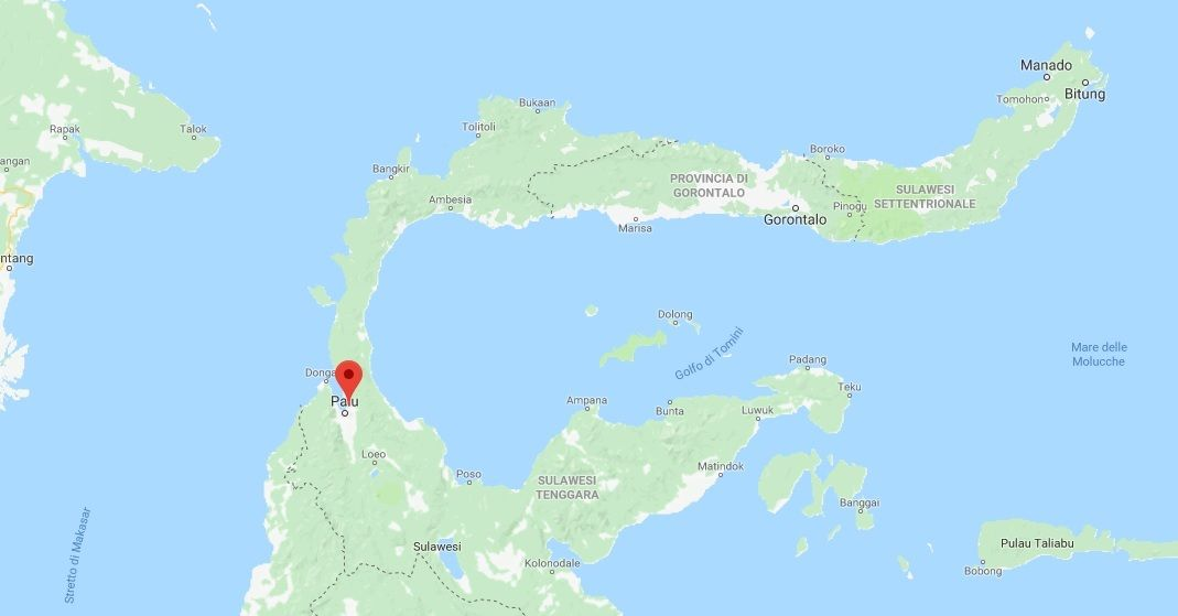 Terremoto e tsunami in Indonesia, le foto del disastro