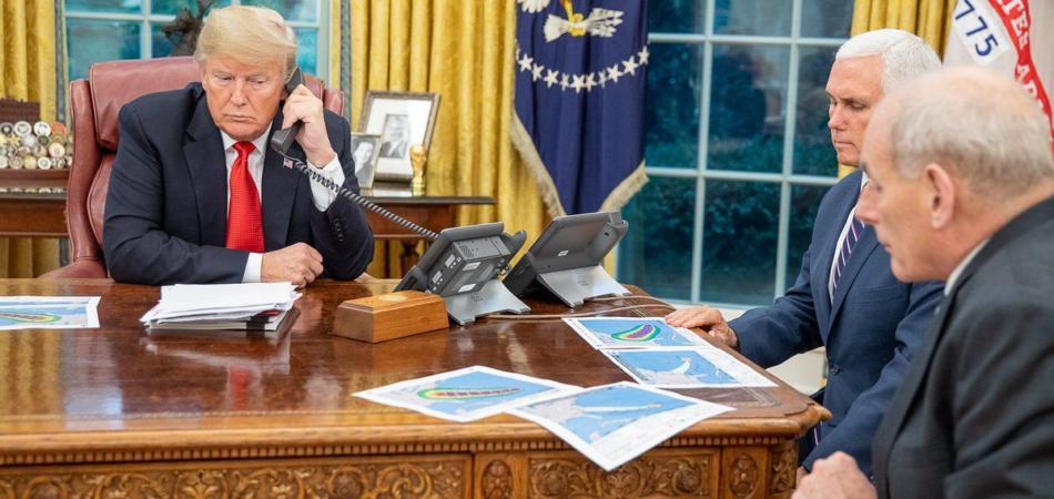 Stop ai cellulari nella casa bianca, il presidente Trump non vuole più essere spiato