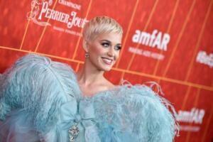 Katy Perry compra Orlando Bloom