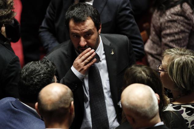 La lega il no al taglio degli stipendi dei parlamentari e for Numero dei parlamentari