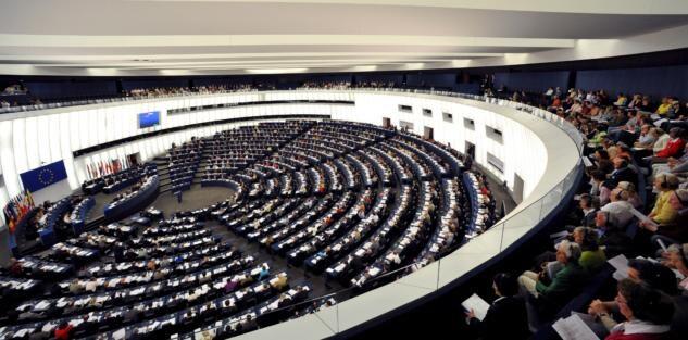 Elezioni Europee, il Parlamento che verrà: l'unica maggioranza possibile è Ppe, S&D e Alde